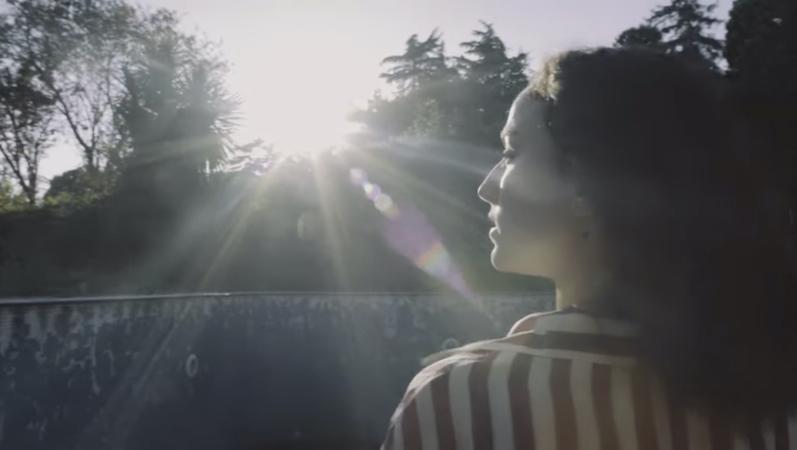 a scene from Lara Kamhi's music video 'Senden Korktum Ben (I am Scared of You)'
