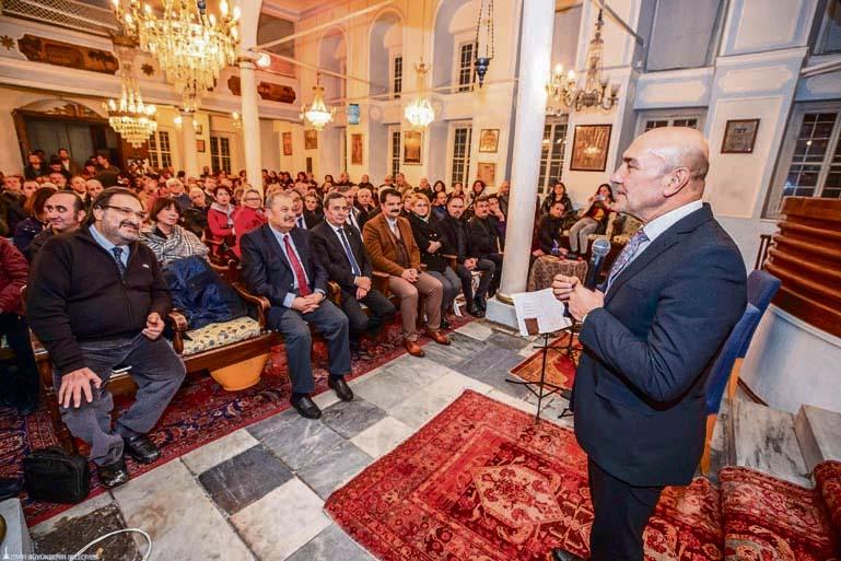 Izmir Mayor Tunç Soyer while making his opening speech