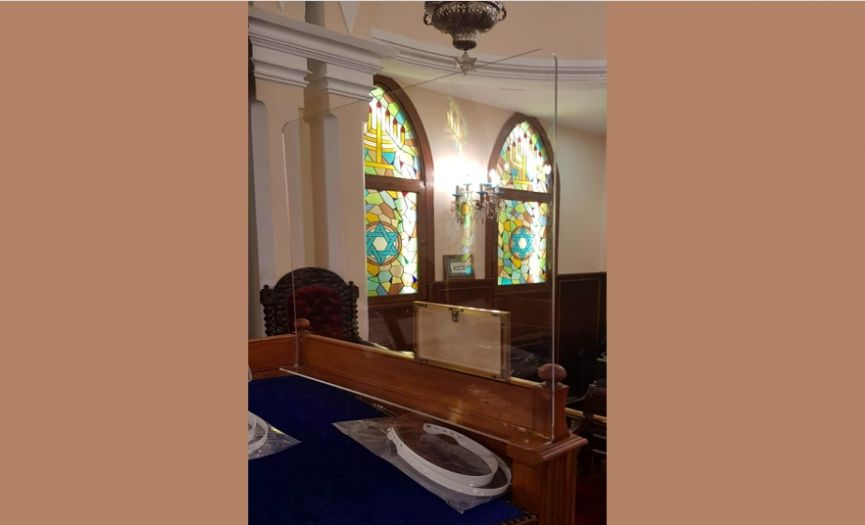 The Italian Synagogue in Istanbul Open for Worship