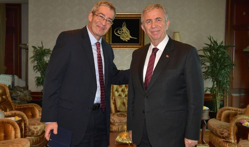 Chargé d'affairs of Israel, Roey Gilad, paid a visit to Mansur Yavaş