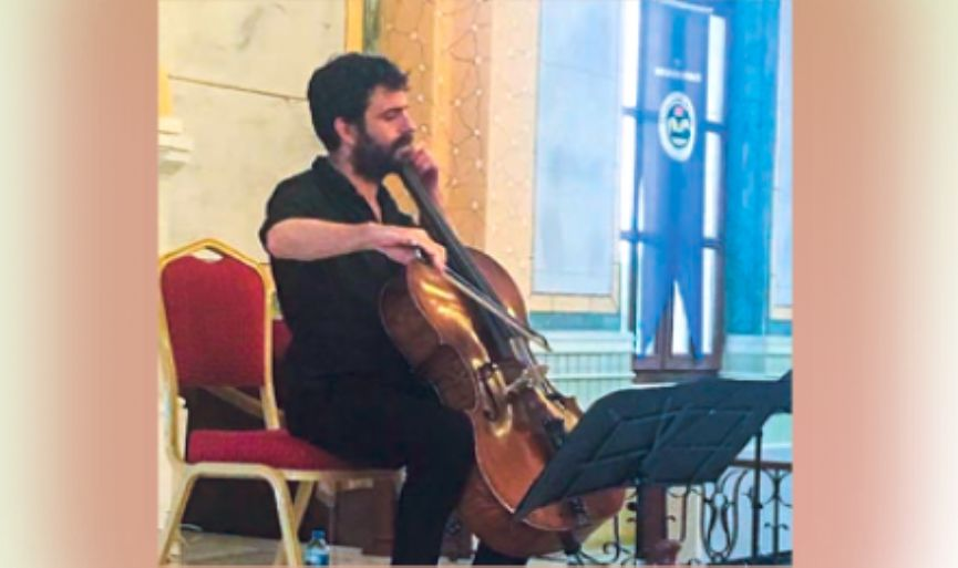 Israeli cellist Dan Weinstein was in Edirne Synagogue
