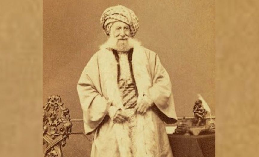 The Modernization Process of Turkish Jews and Abraham Camondo